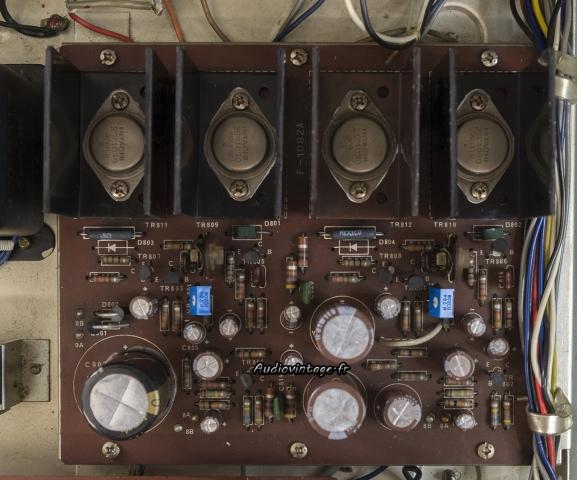 Sansui AU-222 : circuit principal révisé.