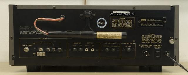 Sansui TU-9900 : connectique.