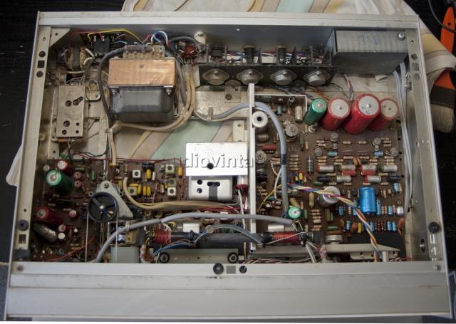 Schneider AT 7000