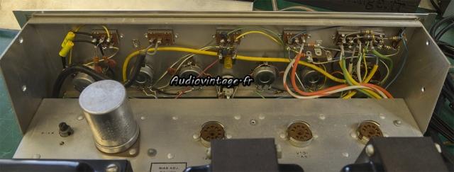 Scott 200-B : condensateurs remplacés.