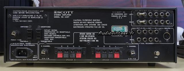 Scott A 437 : connectique.