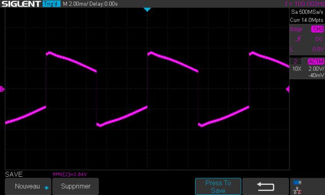 Sony TA-1010 : signal-carre-a-100hz