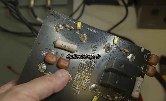 Sony TA-N80ES :  circuit endommagé.