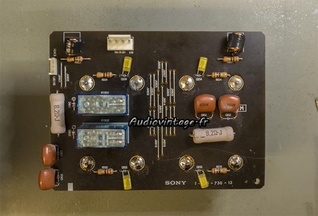 Sony TA-N80ES : circuit  réparé, relais neufs.