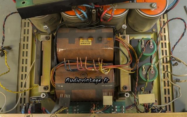 Studer A68 : gros transformateur.