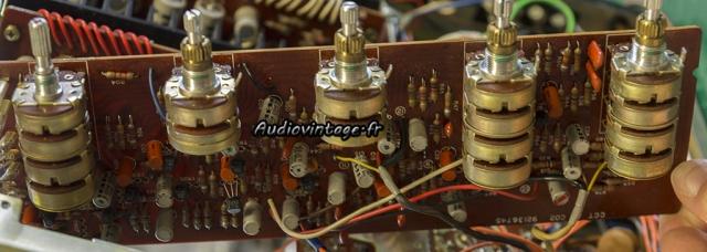 TOSHIBA SB-404 : circuit tonalité et volume à réviser.