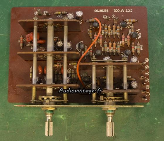 "TOSHIBA SB-404 : circuit ""effets""  revu."