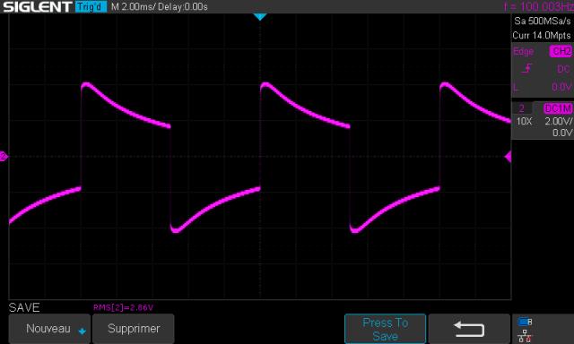 TOSHIBA SB-404 : signal-carré-à-100hz