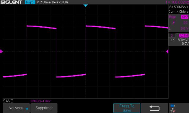 Yamaha C-6 : signal-carré-à-100hz