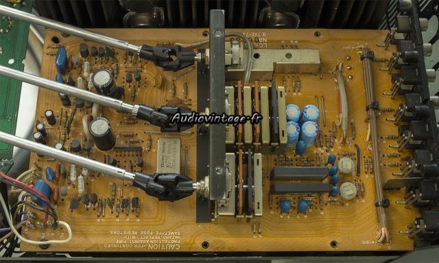 Yamaha CA-2010 : circuit phono à revoir.