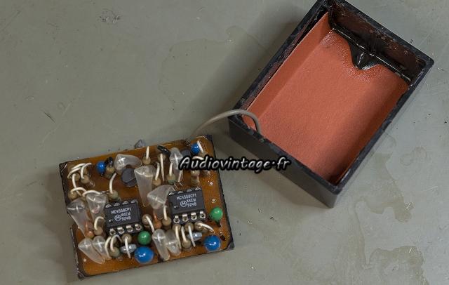 Yamaha CA-2010 : module vumètre réparé.
